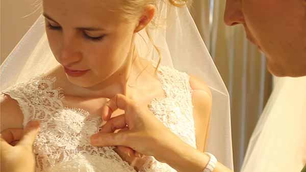 Hochzeit / Bei Marry Fair kriegen sie jedes vorstellbare Outfit in fast allen Großen.