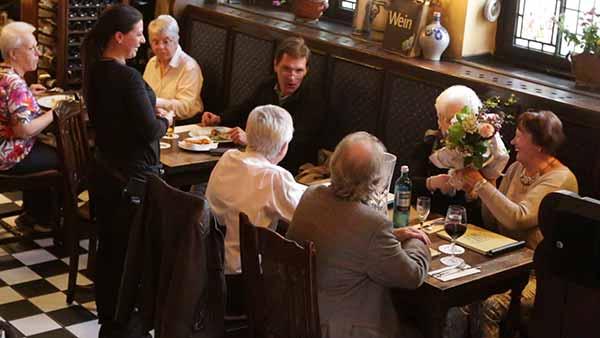 Auch warme Mahlzeiten gibt es im Weinhaus Brungs sehr viele.