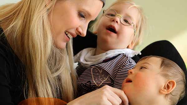 Hilfe für Familien in Not / Nestwärme