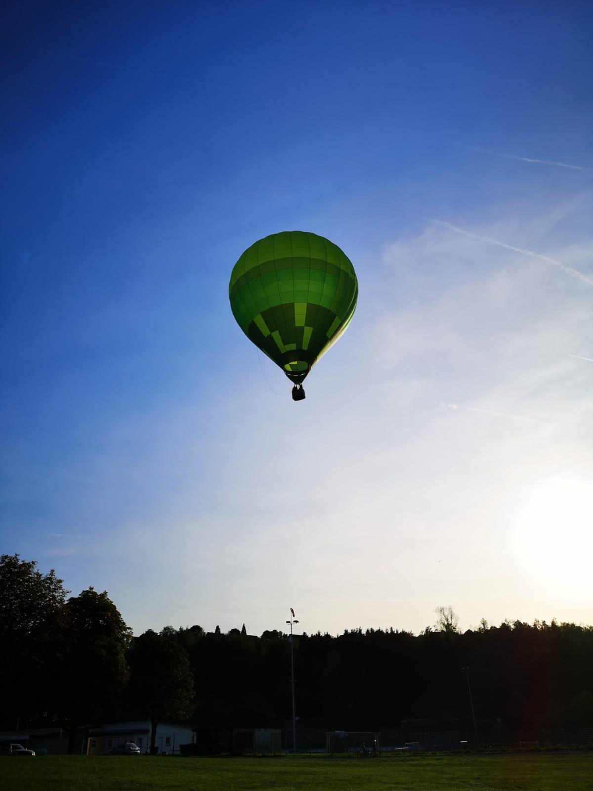 Mit dem Heißluftballon durchs Bergische-Land